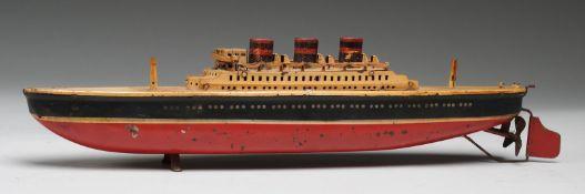 Spielzeug-DampfschiffBlech, lackiert. Passagier-Dampfschiff mit Uhrwerkantrieb (Schlüssel fe