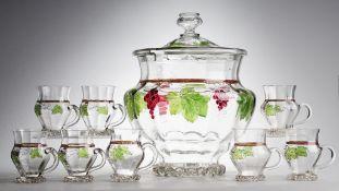 Jugendstil-Bowle mit acht HenkelbechernFarbloses Glas. Optisch gerippt geblasen. Aufgeschmolz