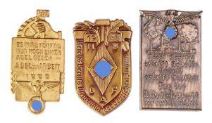 Konvolut AbzeichenVersch. Materialien u. Ausführungen, dat. 1924, 1933 u. 1935. Versch. Grö