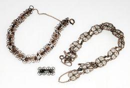 Silberfiligran-Schmuckset2-tlg. Collier u. Armband. 800er Silber. Aus feinen filigran gearbei