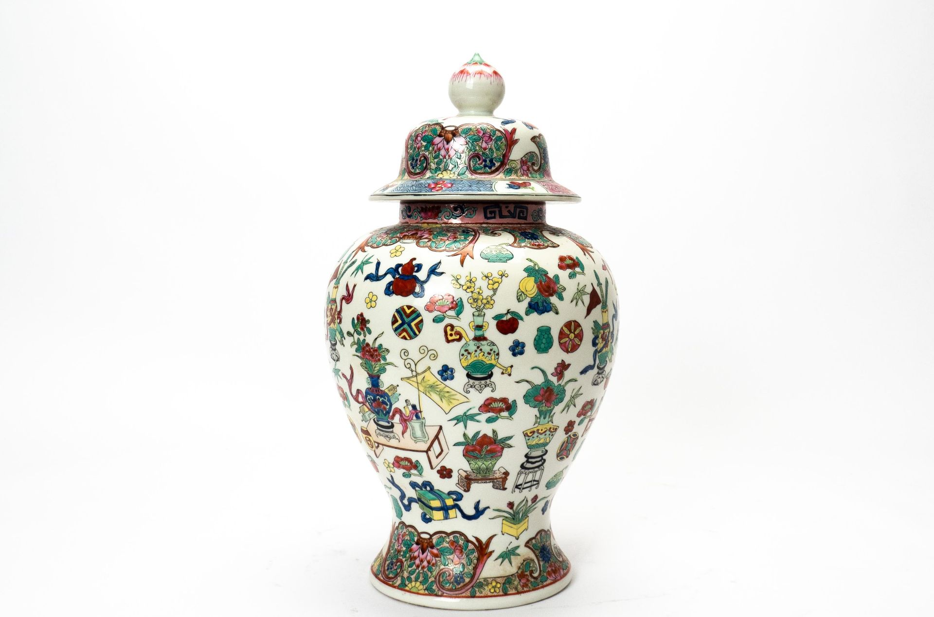 Deckelvase China