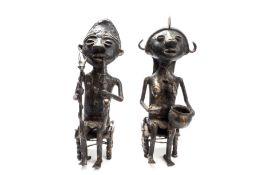 Paar afrikanische Bronzeskulpturen