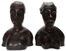 Ein paar afrikanische Akt/Fruchtbarkeitsfiguren