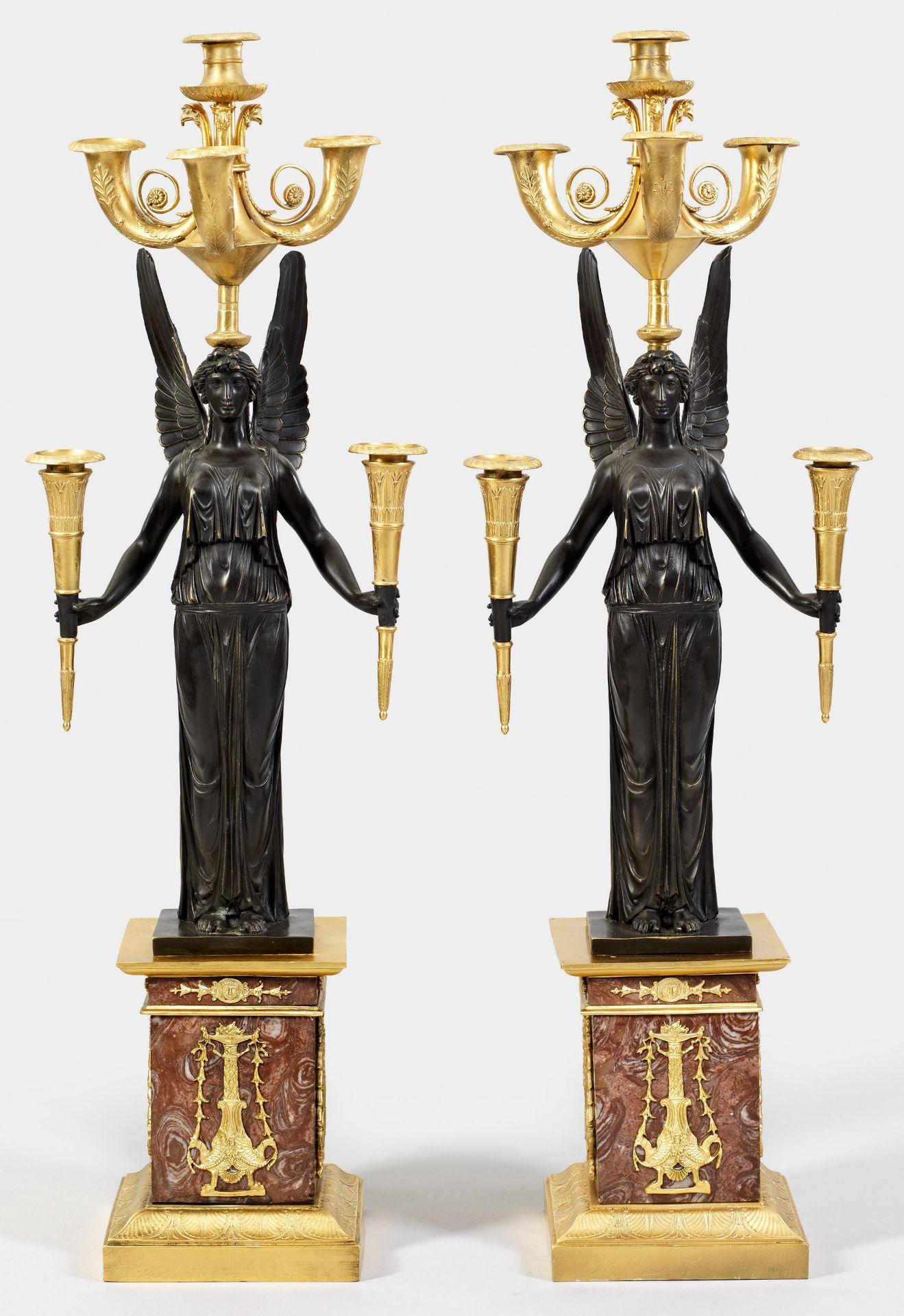 Paar große Empire-Figurengirandolen