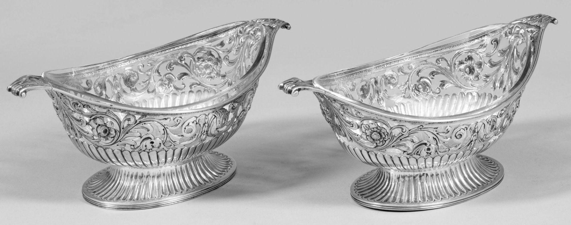 Paar Viktorianische Henkelschalen