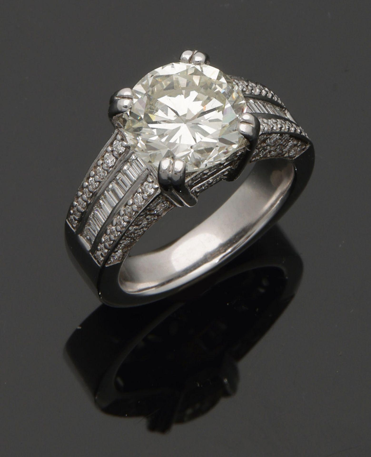 Hochqualitätvoller Diamant-Solitärring