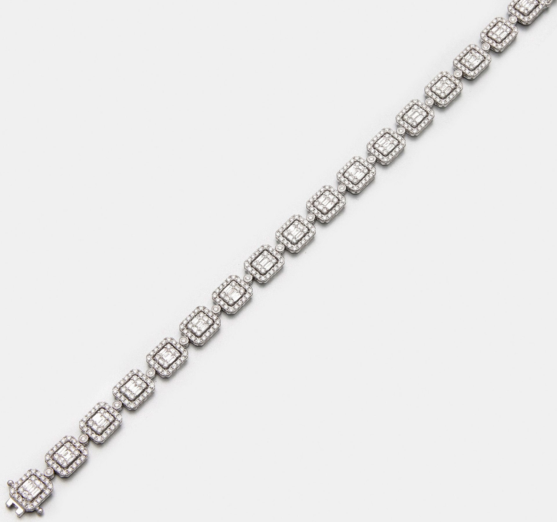 Exquisites Diamantarmband im eleganten Stil der 20er Jahre