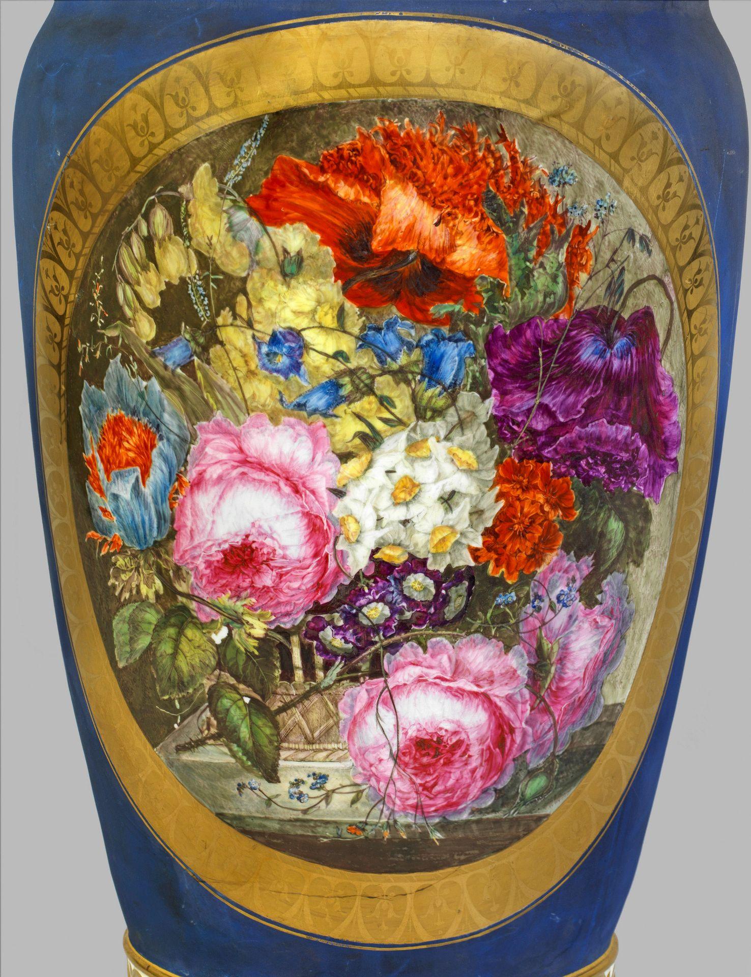 Große klassizistische Bodenvase - Bild 4 aus 4