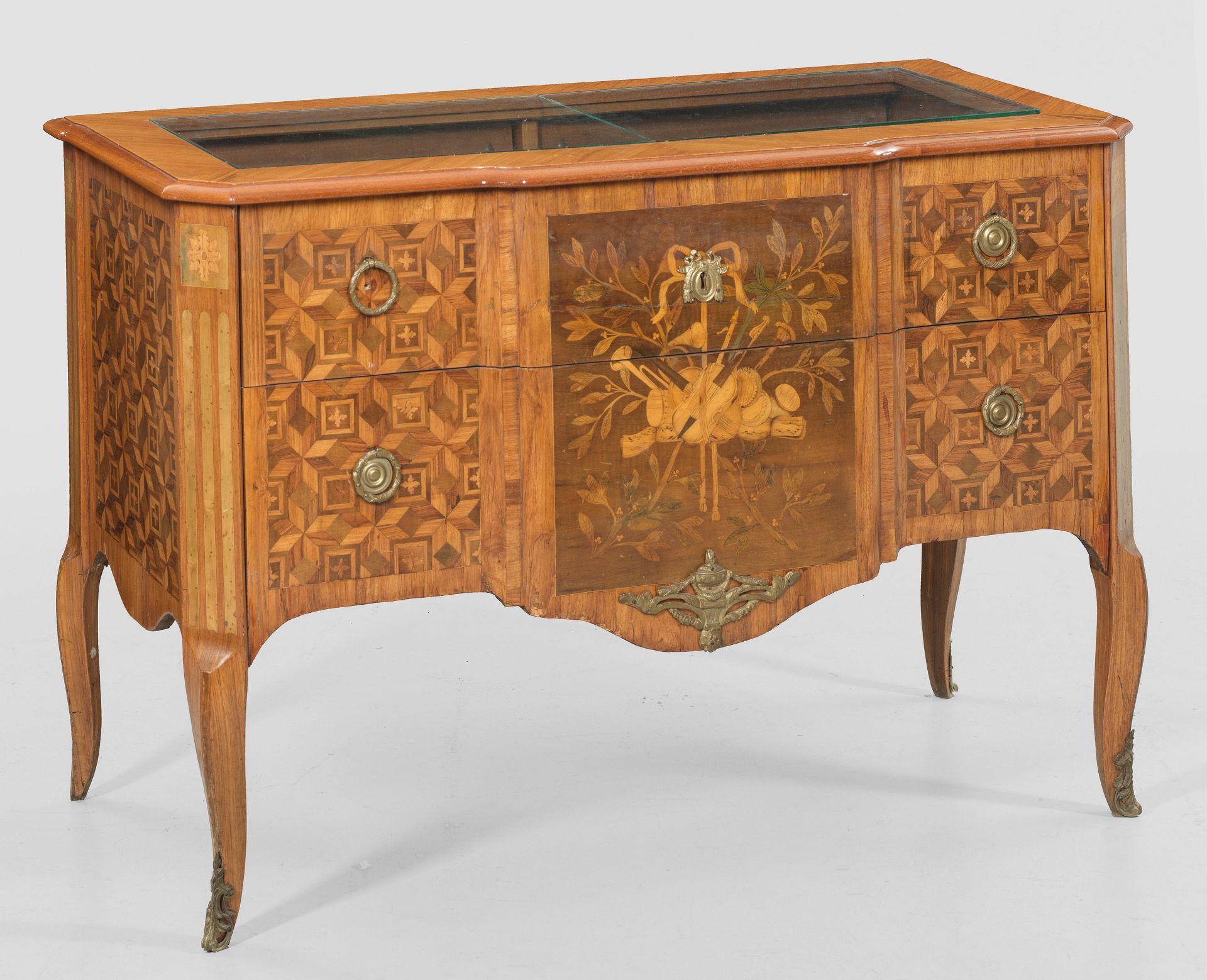 Boudoirmöbel im Louis XVI-Stil