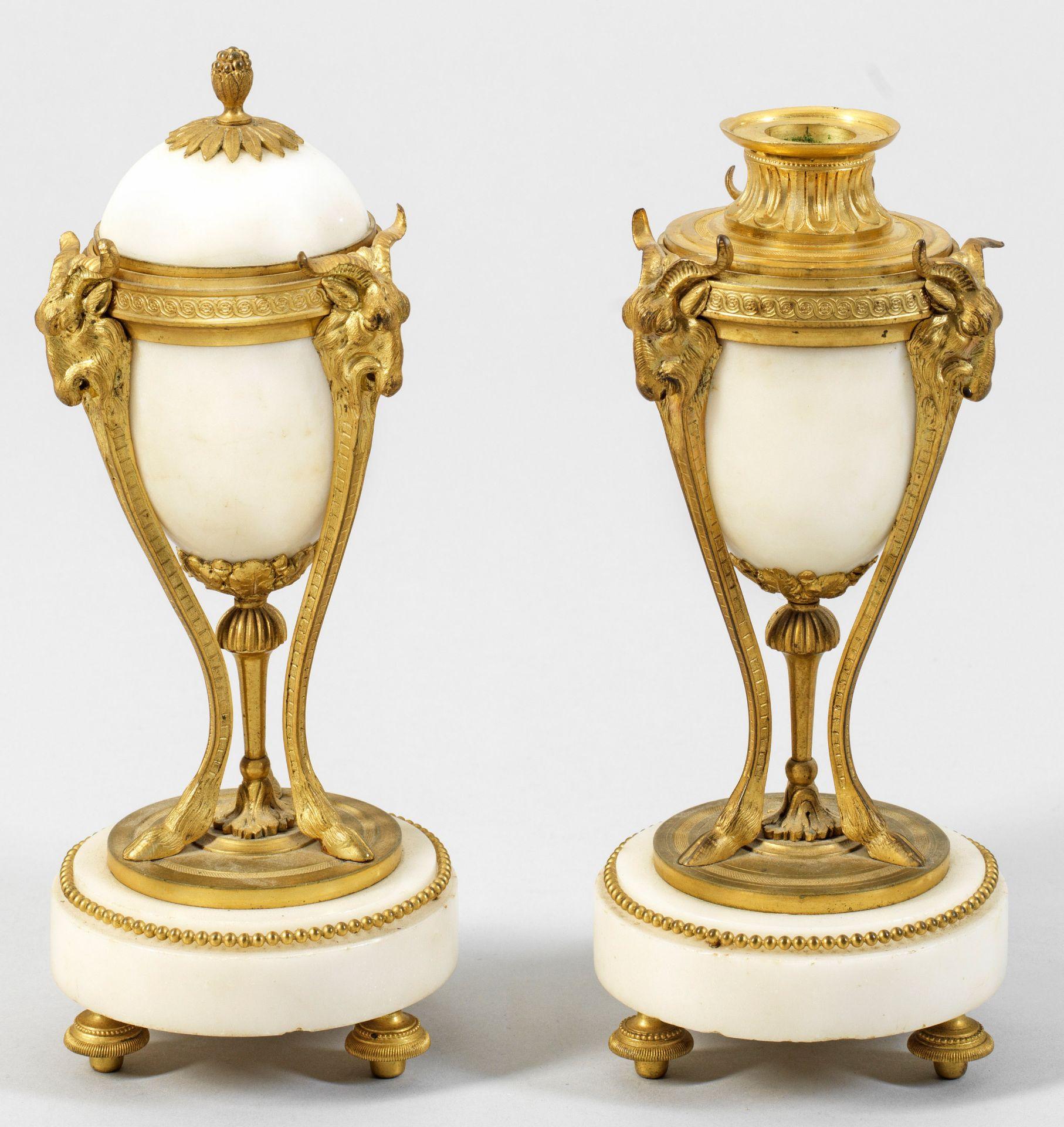 Paar Louis XVI-Cassolettes