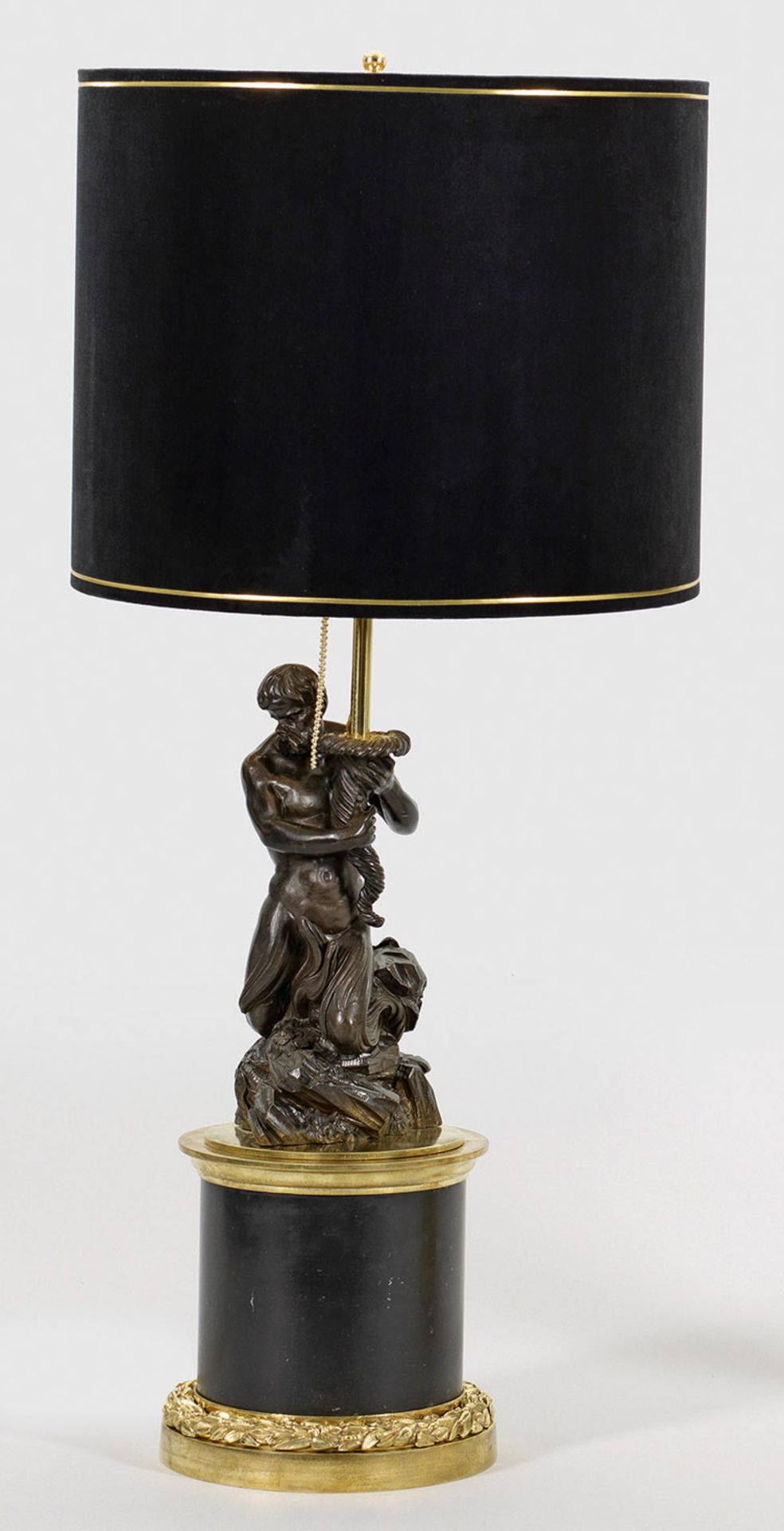 Große repräsentative Napoleon III-Skulpturenlampe