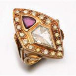 Extravaganter Diamantring mit Rubin