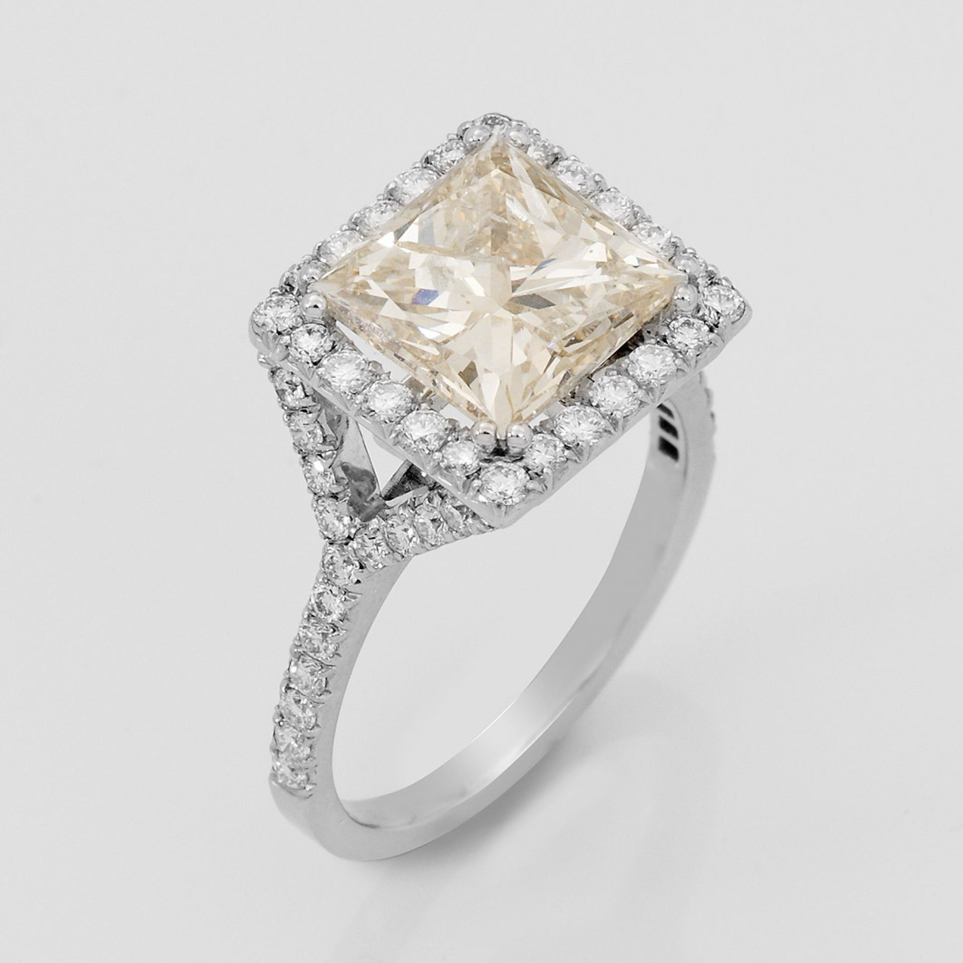 Eleganter Diamant-Solitärring