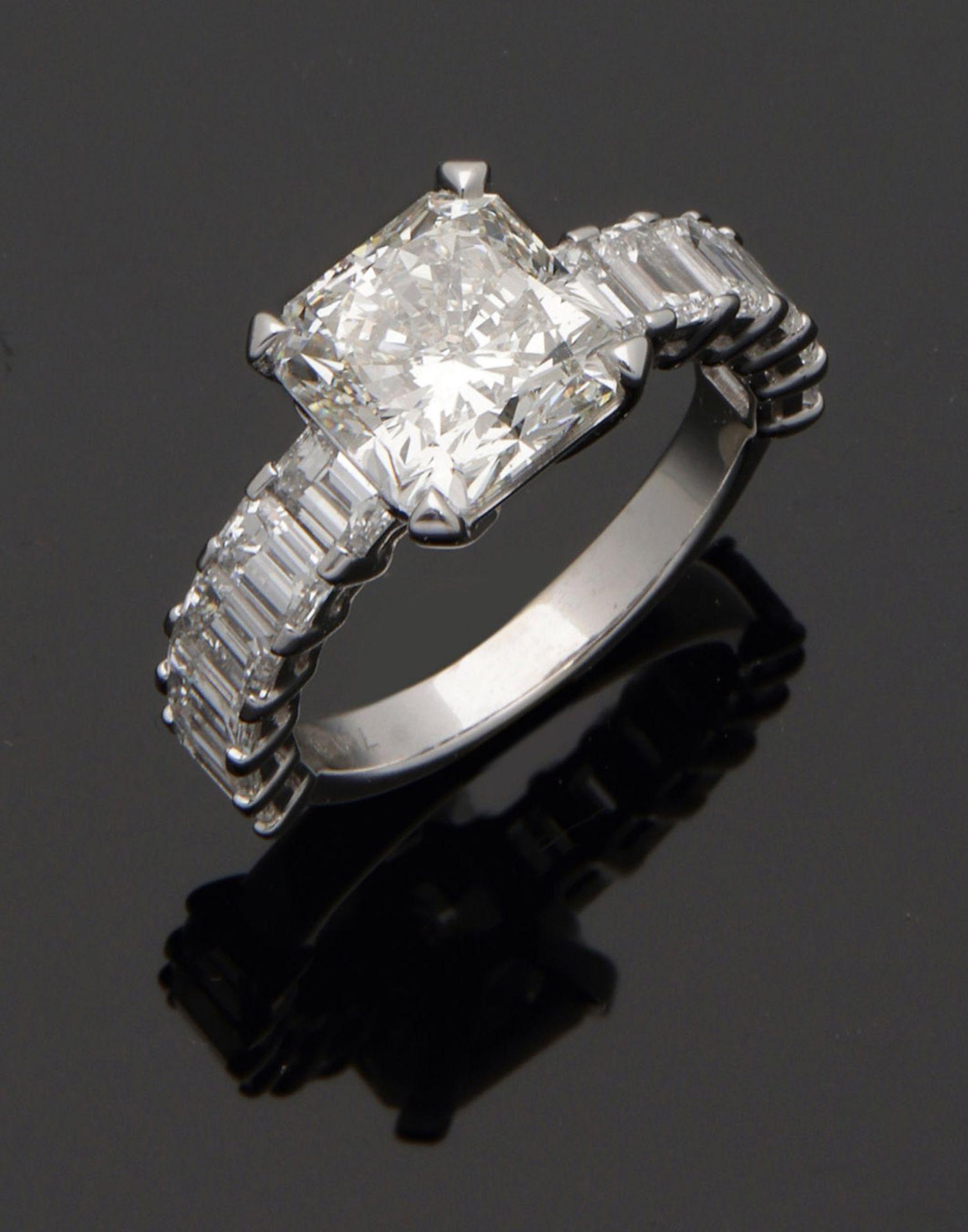Herausragender hochqualitätvoller Diamant-Solitärring