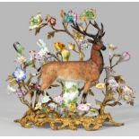 Jagdliche Tafeldekoration mit Figur eines Rothirsches