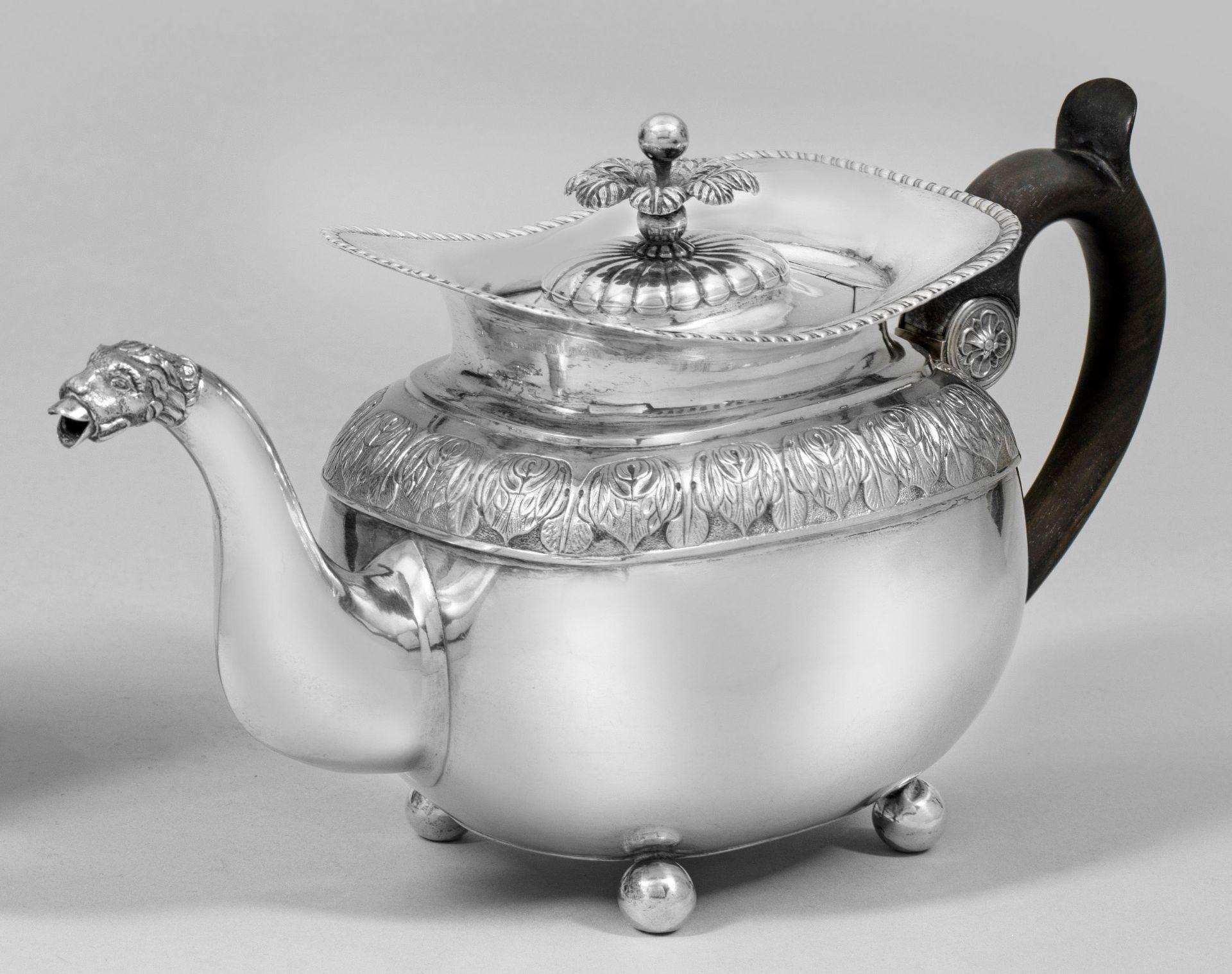 Biedermeier-Teekanne
