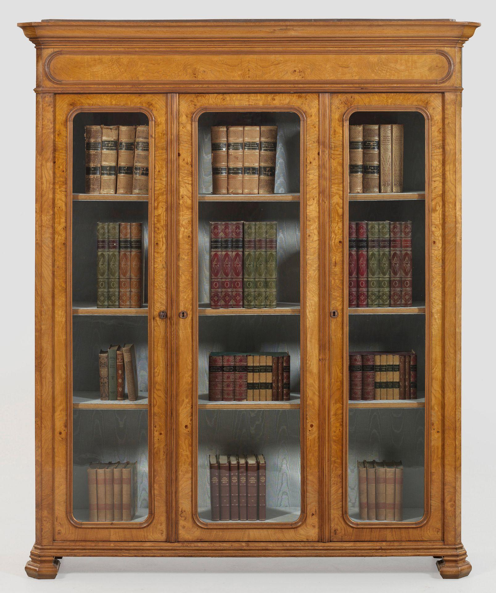 Großer Biedermeier-Bücherschrank
