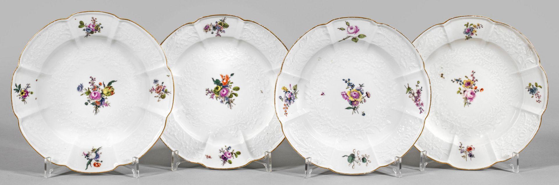 Vier Zierteller mit Blumendekor - Bild 2 aus 2