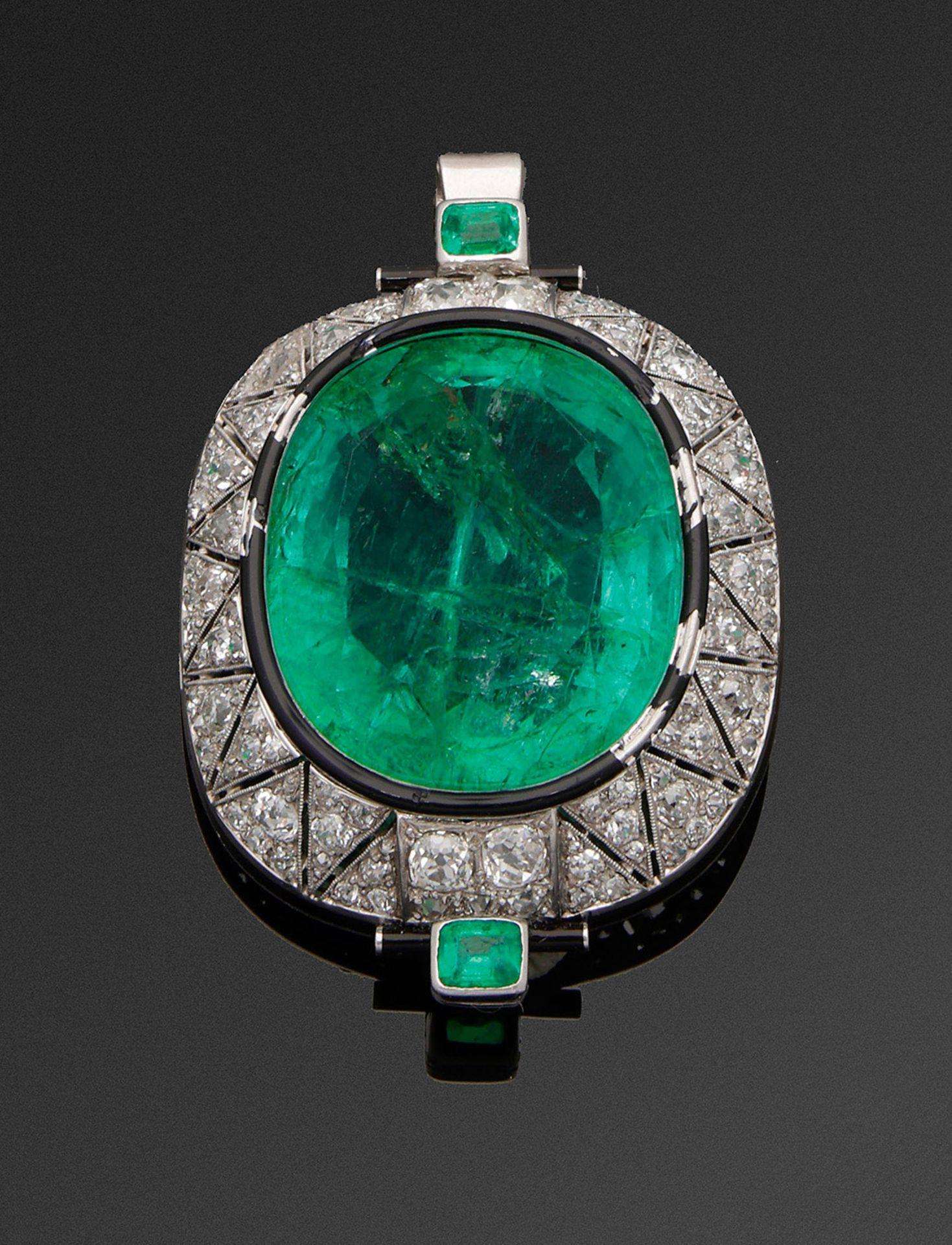 Glamouröse Art Déco-Smaragdbrosche aus dem Besitz der