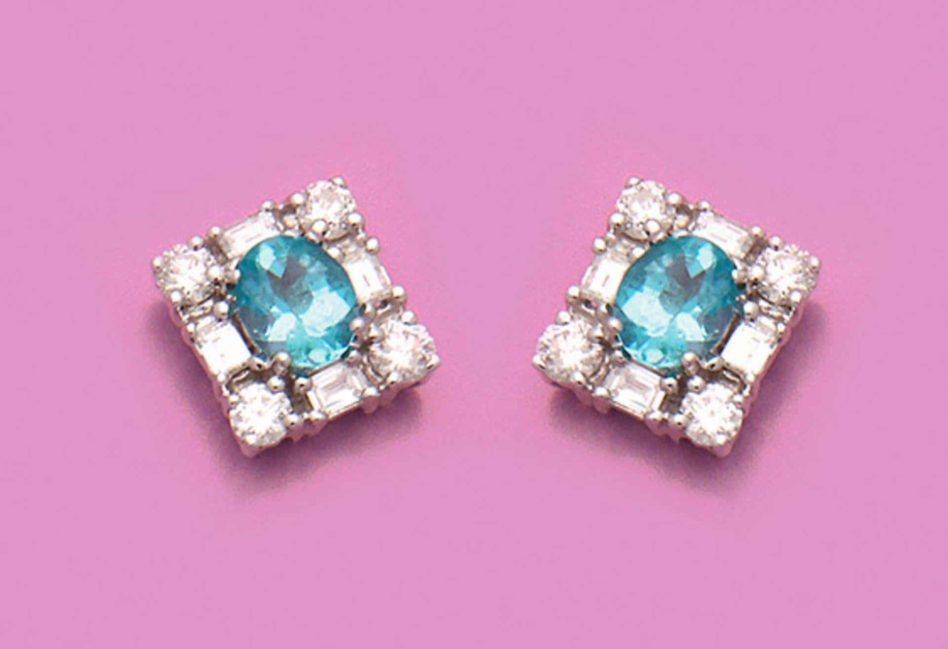 Paar elegante Apatite-Diamantohrringe