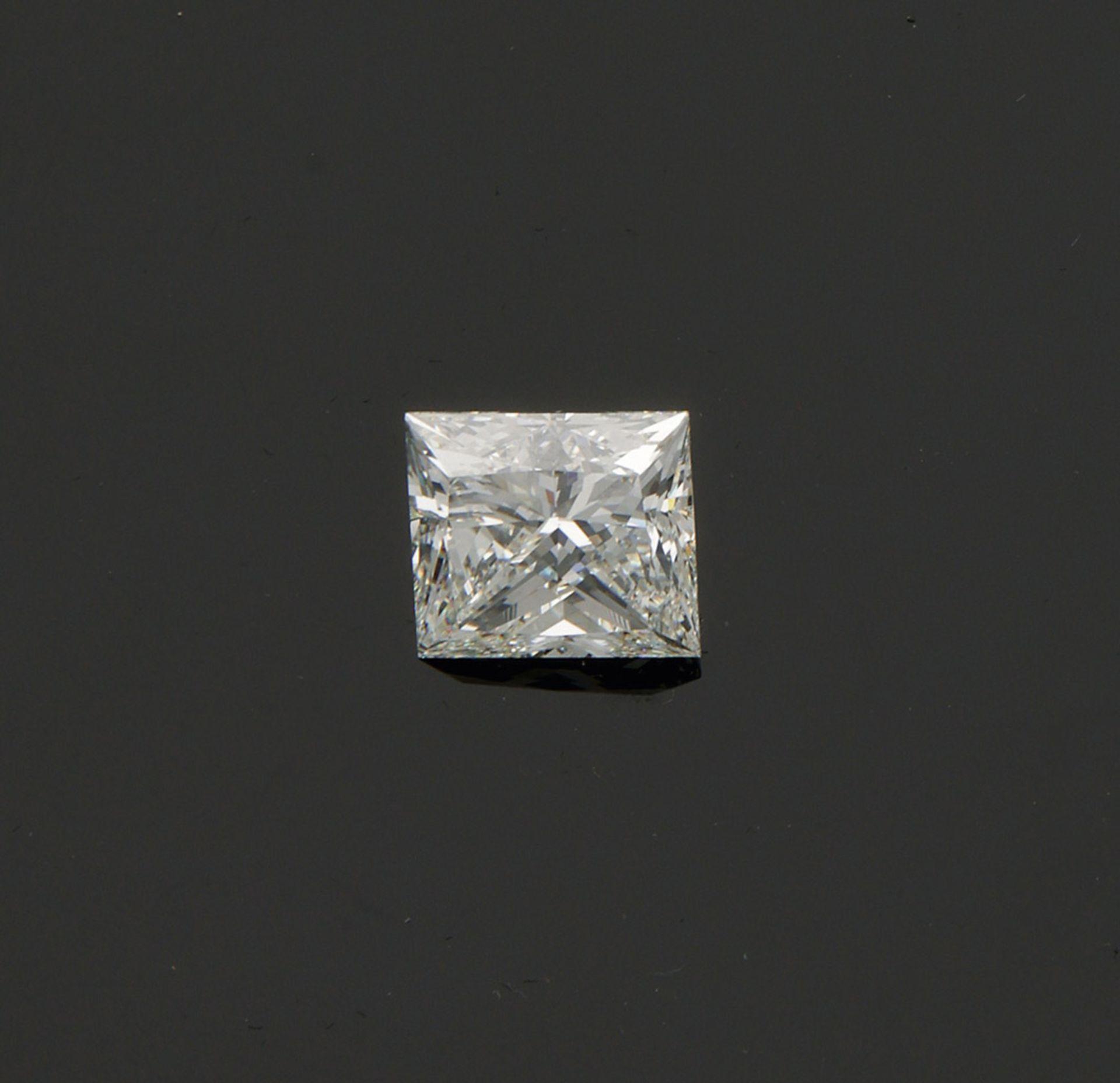 Hochfeiner Diamant-Solitär im Princesscut