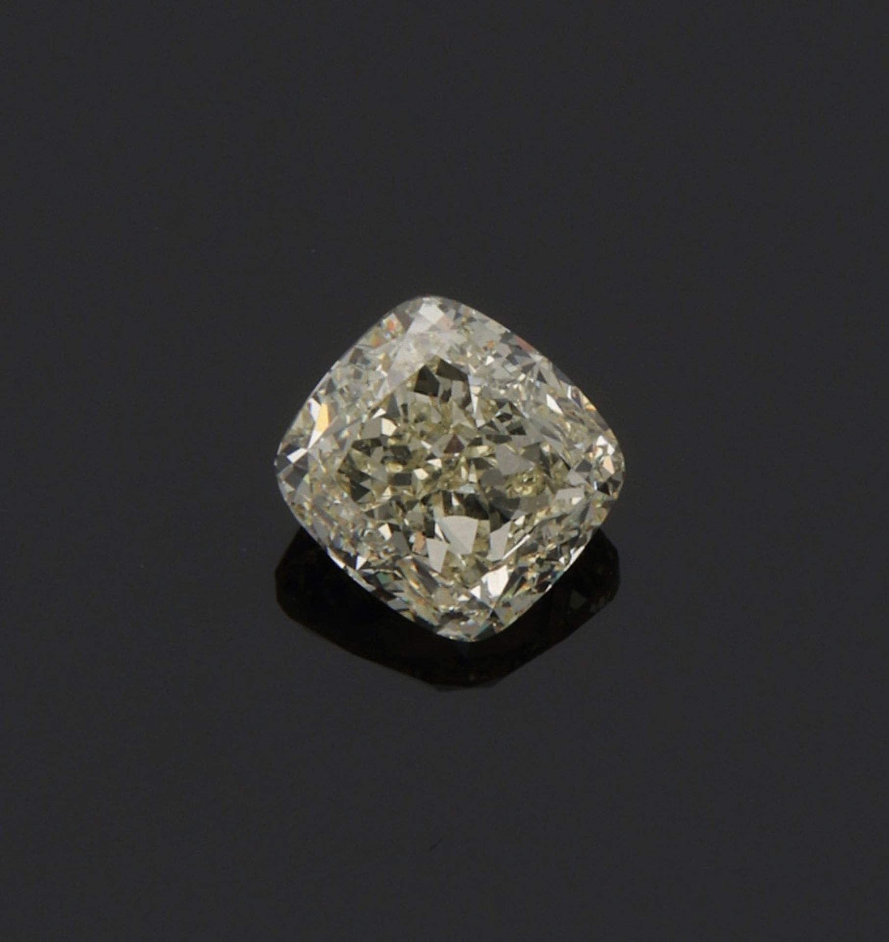 Diamantsolitär im Cushioncut