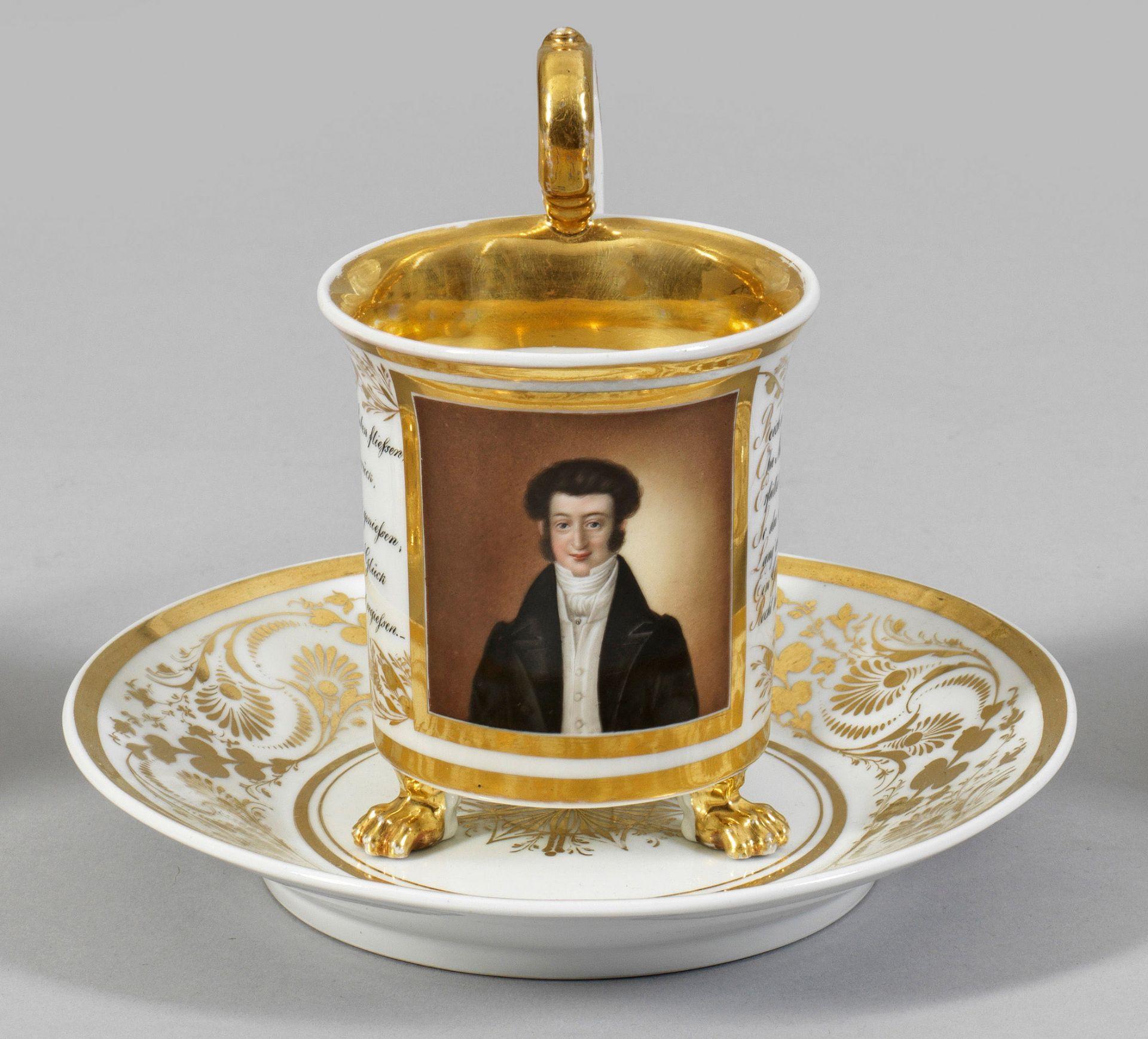 Biedermeier-Porträttasse