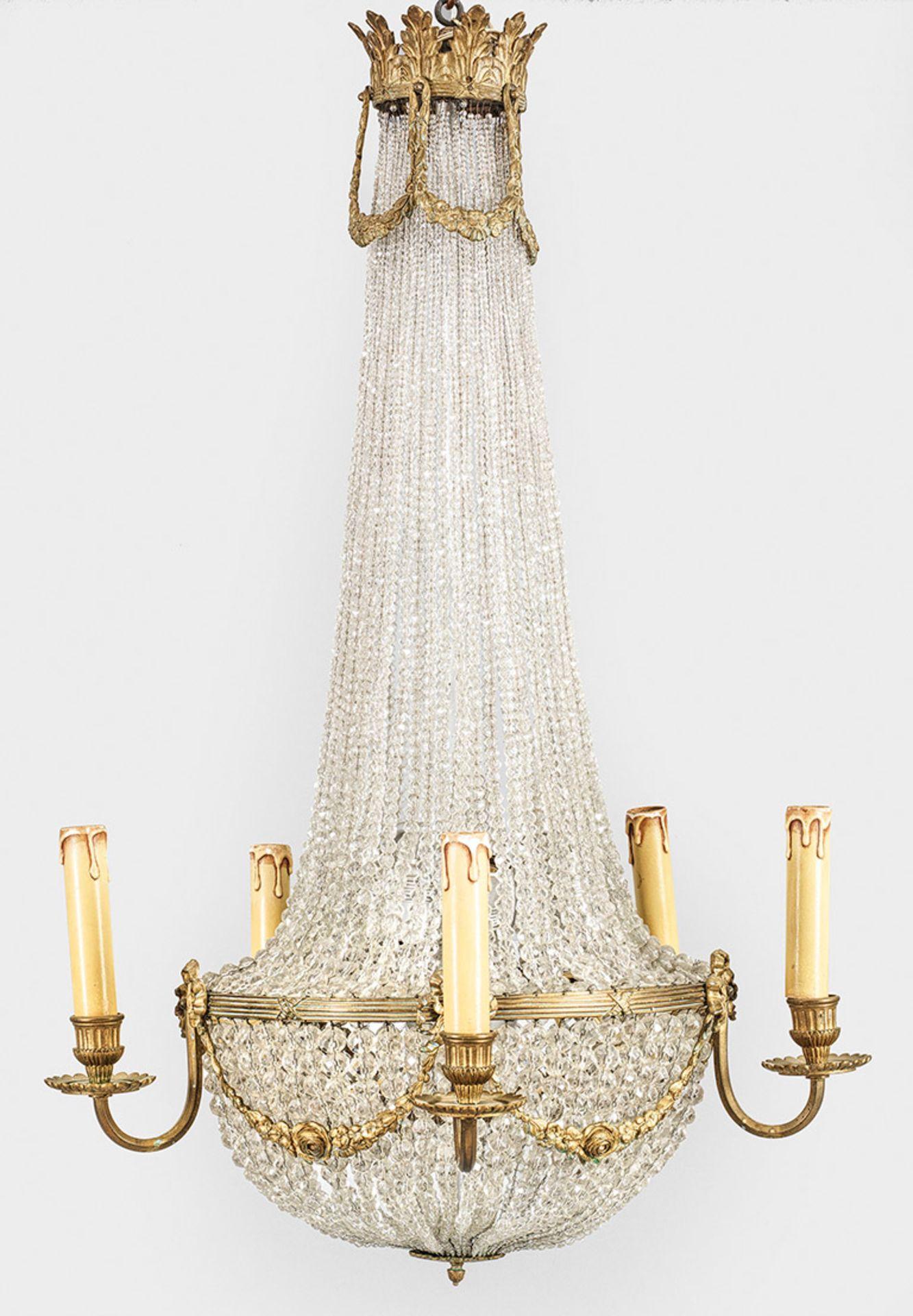 Deckenlüster im Louis XVI-Stil