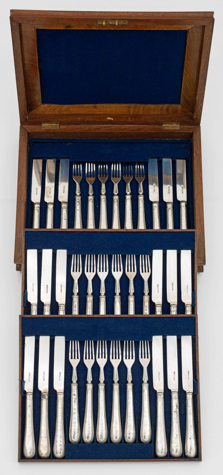Speisebesteck für 18 Personen - Bild 2 aus 2