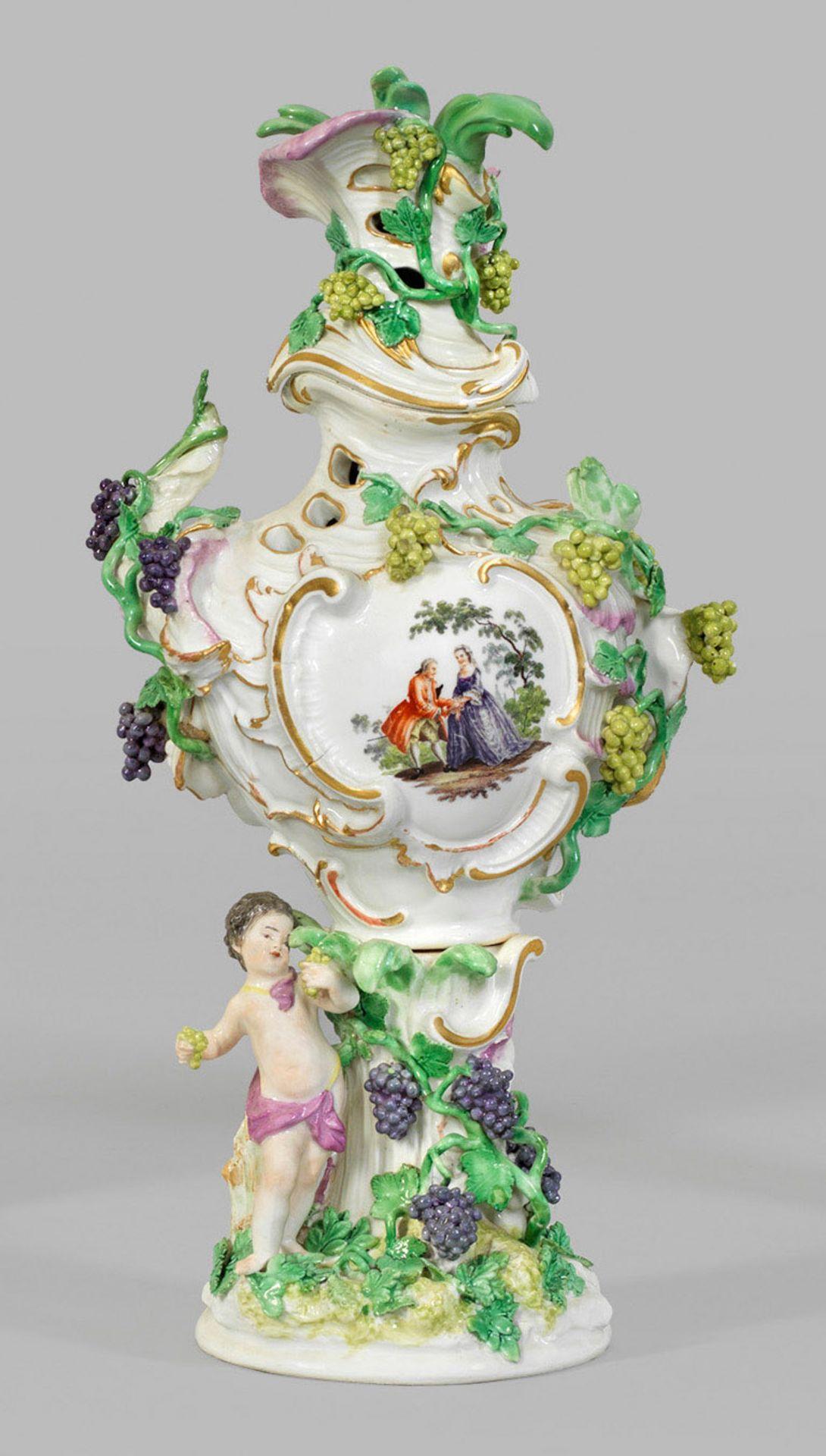 Kaminvase als Allegorie des Herbstes - Bild 2 aus 2