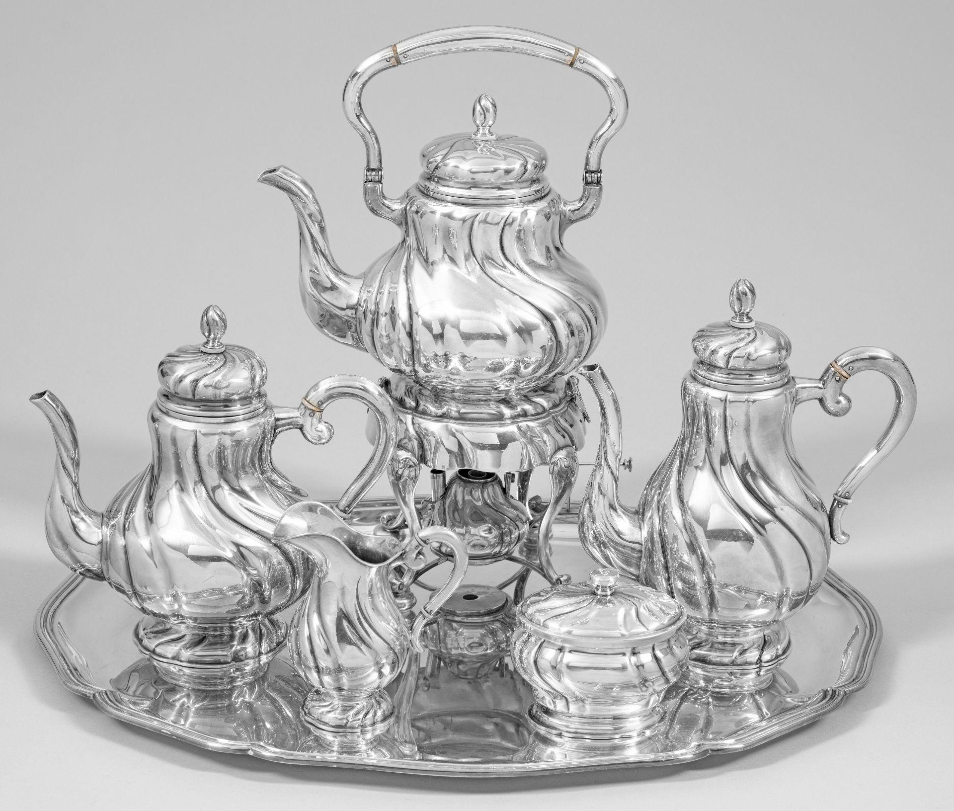 Großes Kaffee- und Teeservice im Barockstil