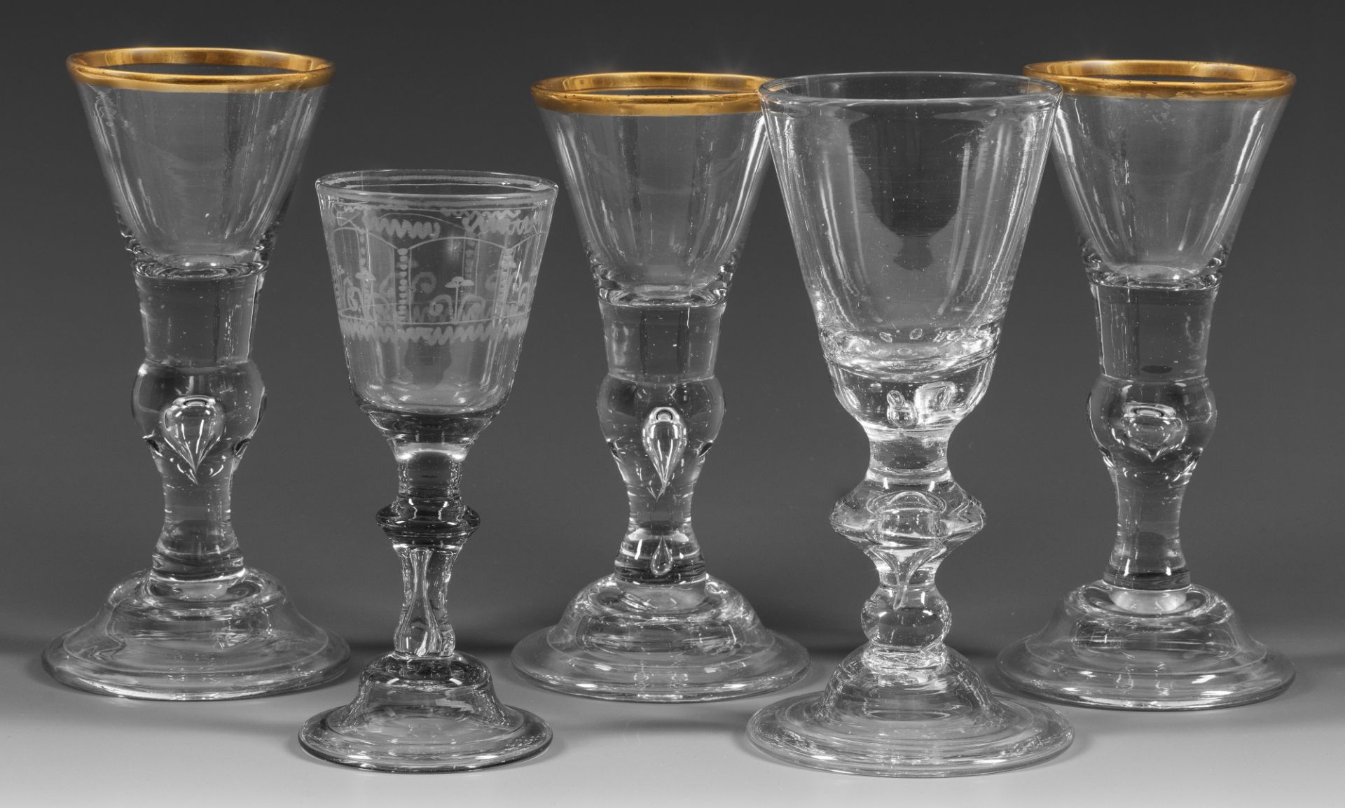 Fünf Barock-Pokale