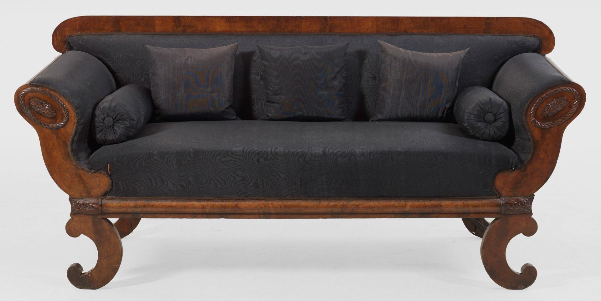 Großes Biedermeier-Sofa