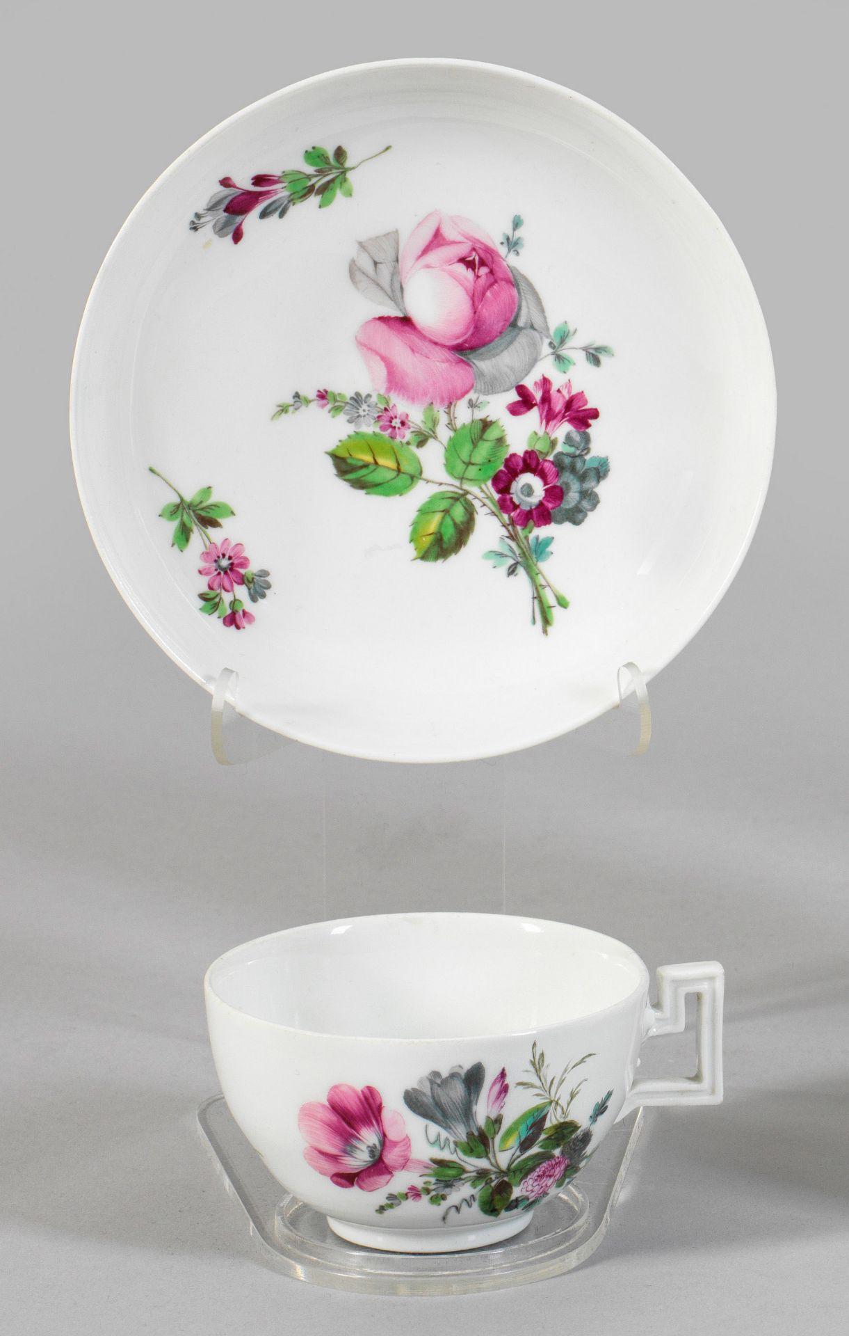 Ziertasse mit Blumendekor - Bild 2 aus 2