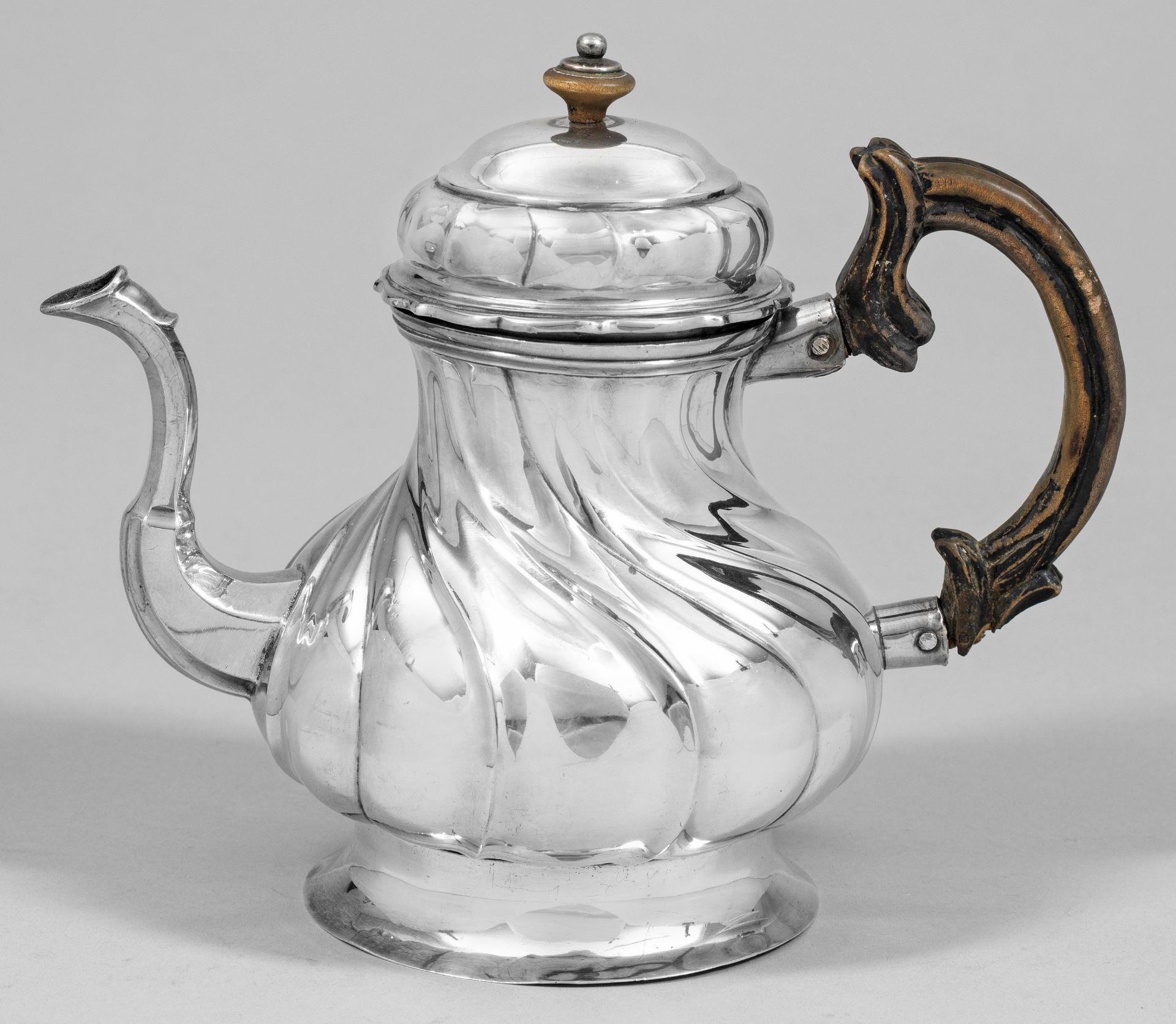 Sehr seltene Rokoko-Teekanne