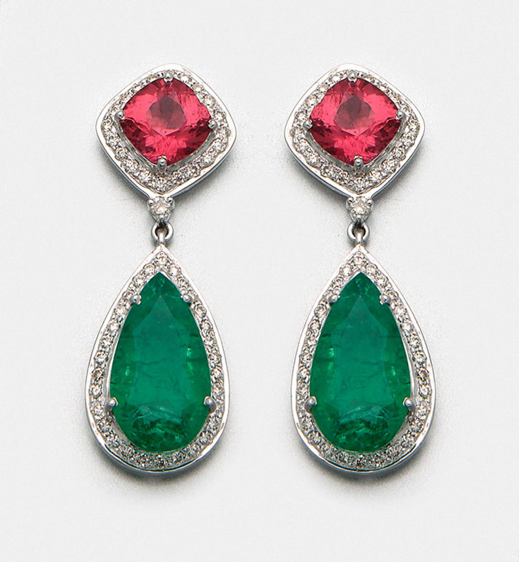 Paar elegante Smaragd-Turmalin-Ohrgehänge