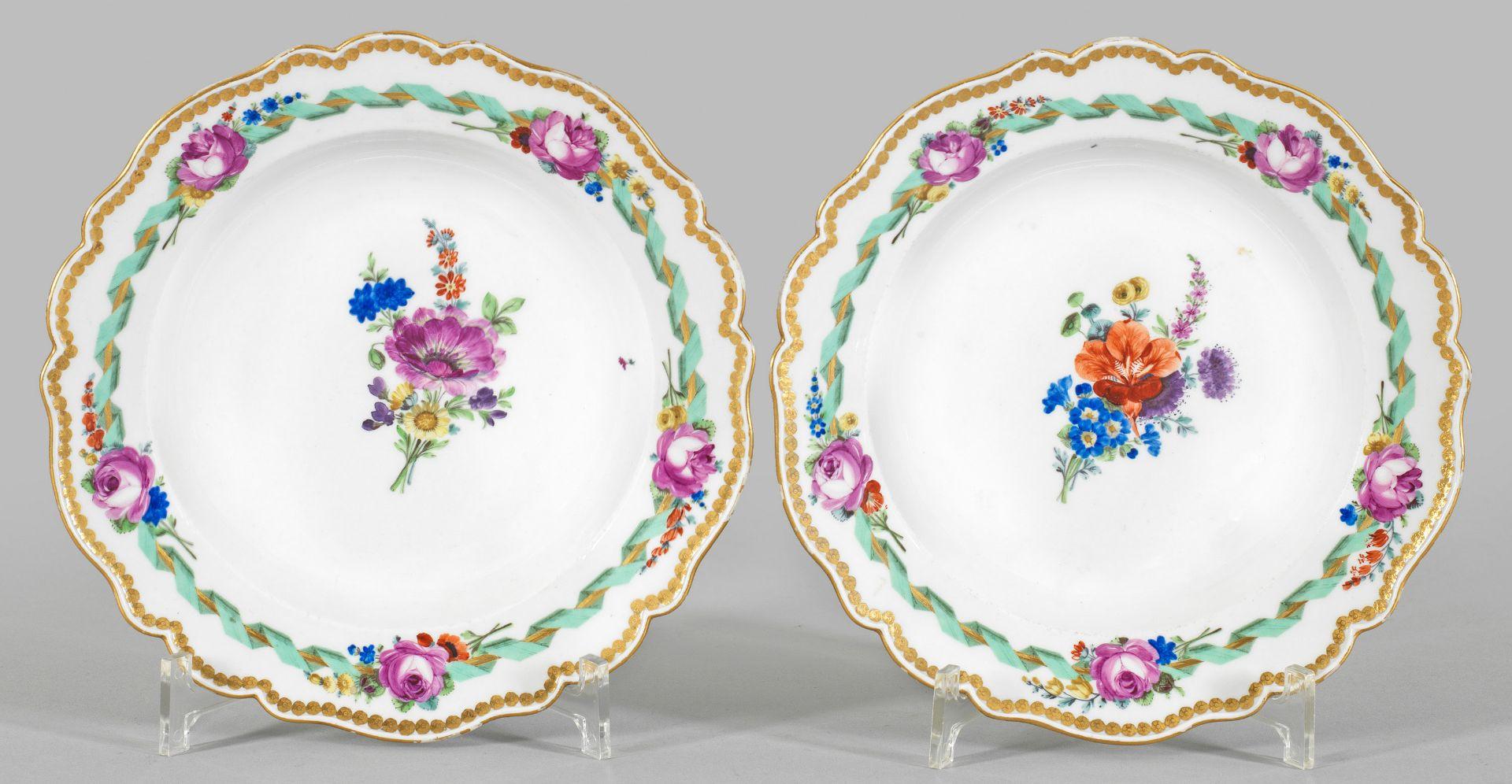 Paar Zierteller mit Blumendekor - Bild 2 aus 2