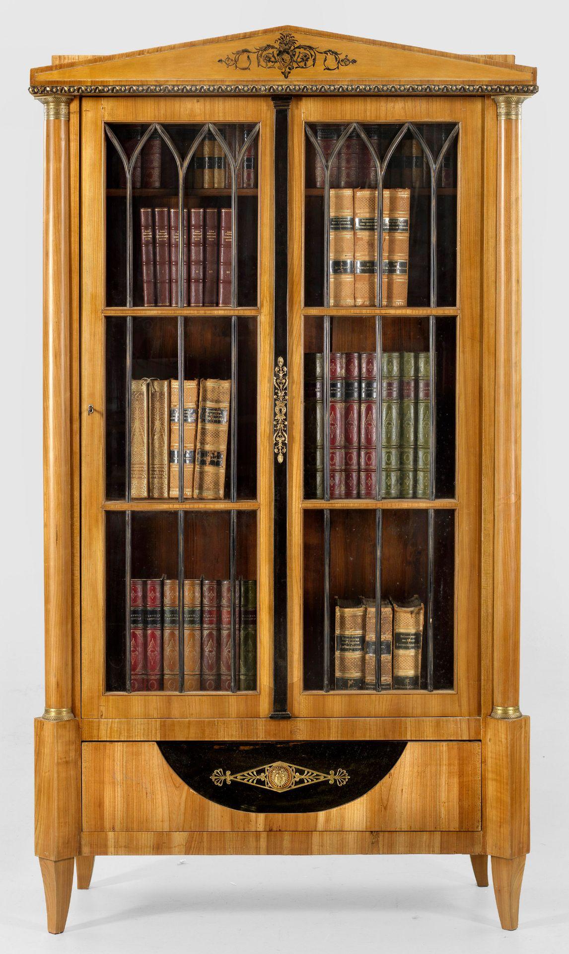 Biedermeier-Bücherschrank