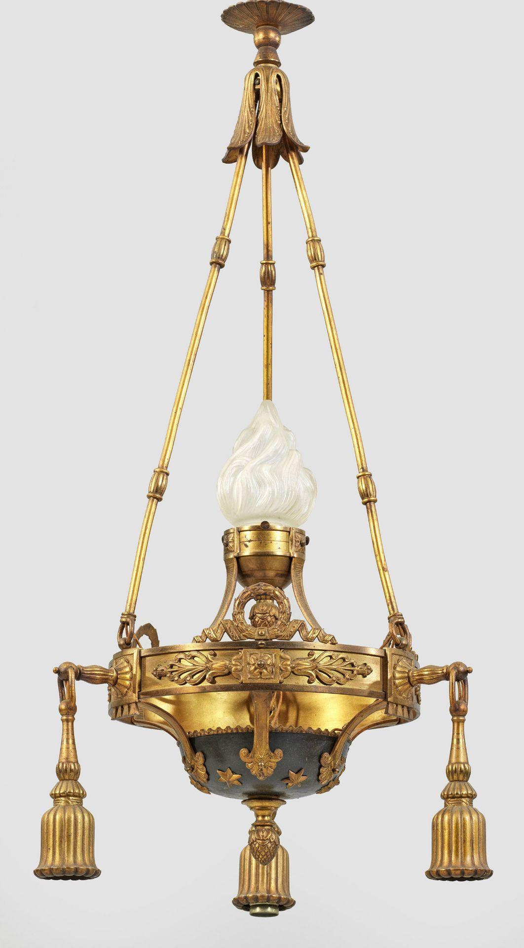 Kleine Deckenlampe im Louis XVI-Stil