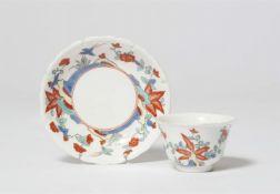 Koppchen mit Dekor im Kakiemon-Stil