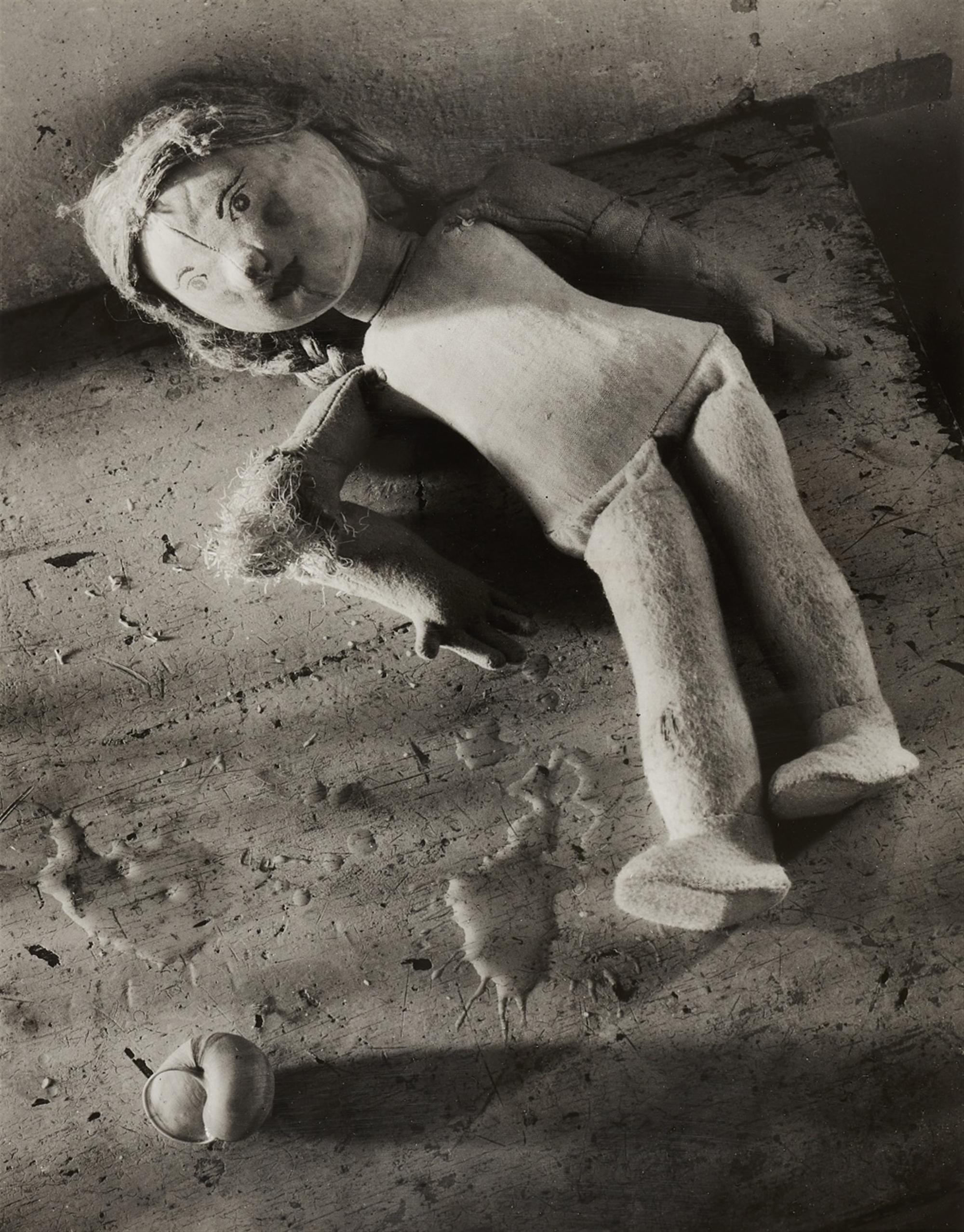 Peter Keetman<BR>Verlassene Puppe