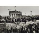 Barbara Klemm<BR>Fall der Mauer, Berlin, 10. November 1989