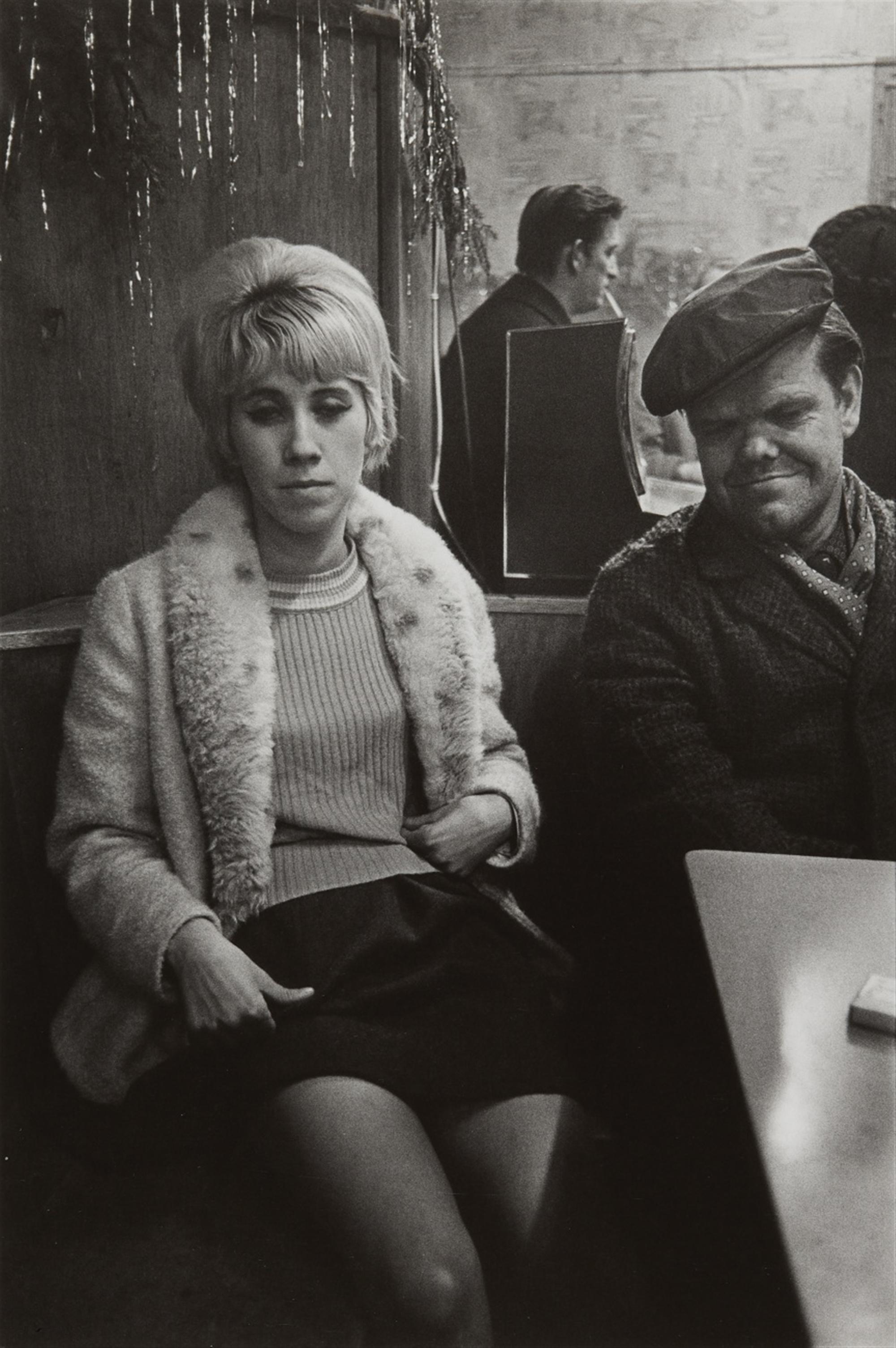 Anders Petersen, Mona und Zwerg (from the series: Café Lehmitz, Hamburg) (N)