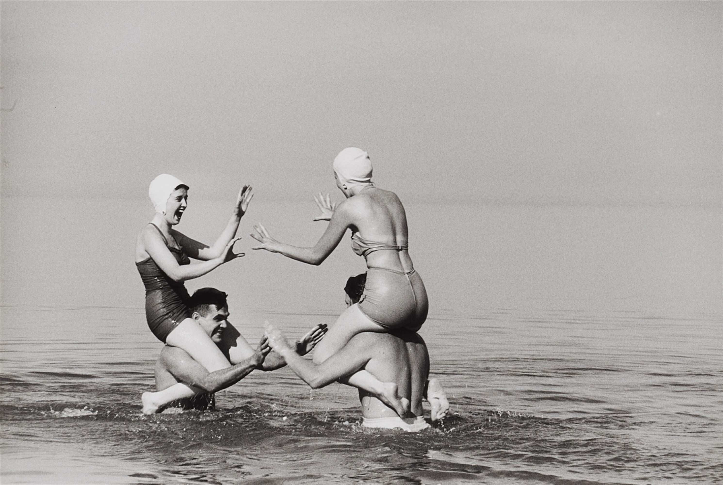 Ernst Haas, Swimmers, Long Island, New York (N)