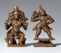 Zwei Figuren des Hanuman. Kupferlegierung. Süd-Indien. 19./20. Jh.