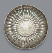 Godronierte römische Silberschale
