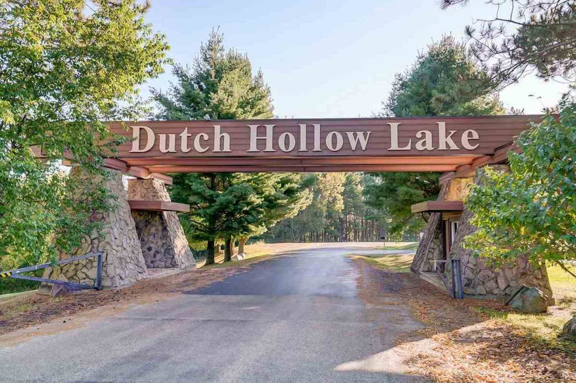 Gorgeous Corner Lot in Wisconsin, Just a Short Walk to Dutch Hollow Lake! - Image 4 of 7