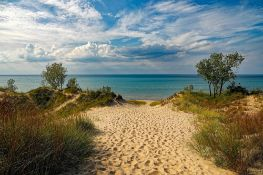 Showstopper on Lake Michigan's Coastline at Manistee! Magnificent Views!