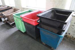 6 Plastic Carts