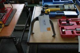 Large Bearing puller
